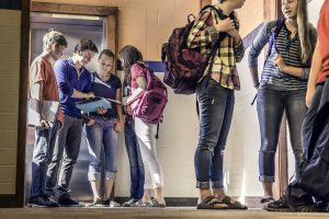 Szkolny styl i wyprawka dla nastolatka