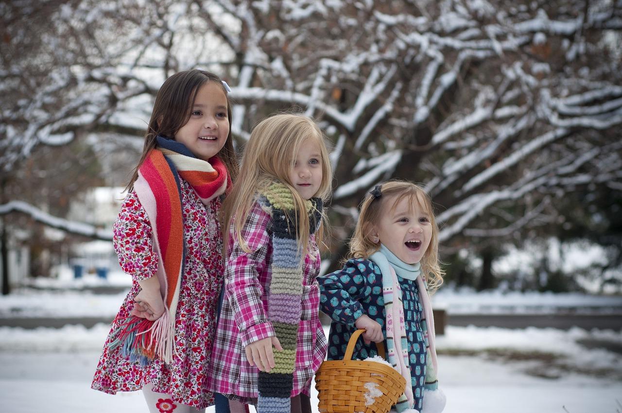 Co musisz wiedzieć przed zakupem kurtki zimowej dla dziecka?