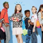 O czym należy pamiętać przy wyborze ubrań dla dzieci?