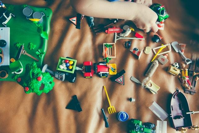 Przegląd zabawek dla dzieci, które rozwijają kreatywność