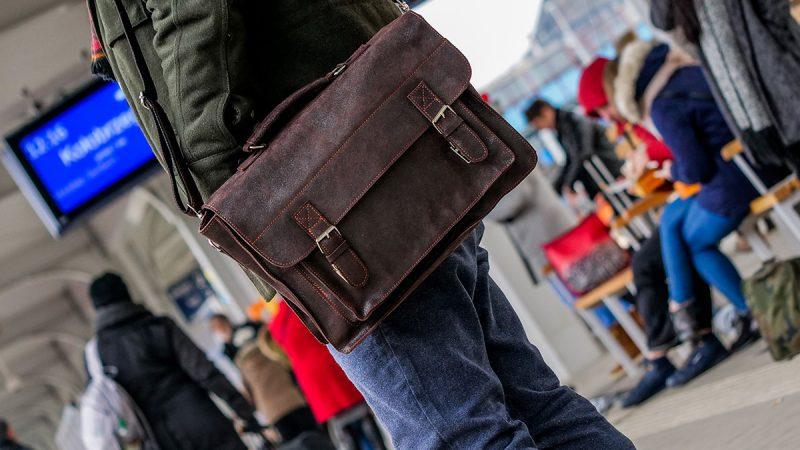 Kupujemy torby męskie i raportówki skórzane w Szczecinie