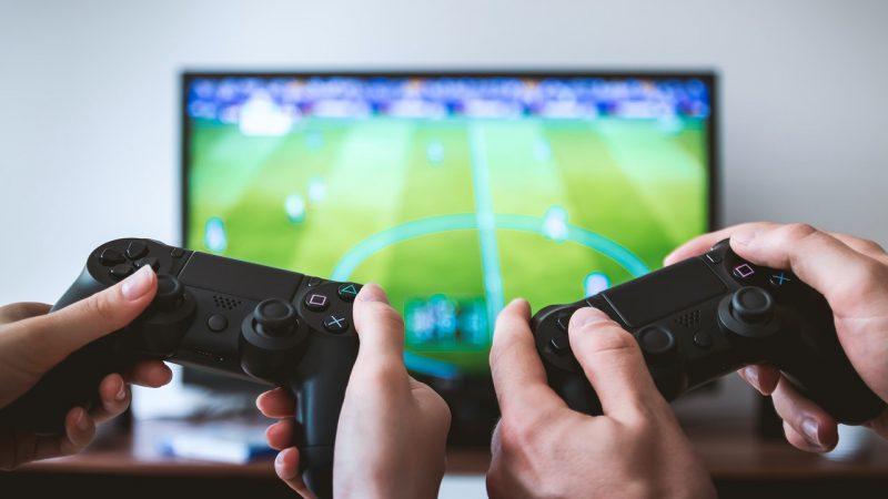 Wybieramy nowy telewizor. Jakie aspekty powinniśmy wziąć pod uwagę?