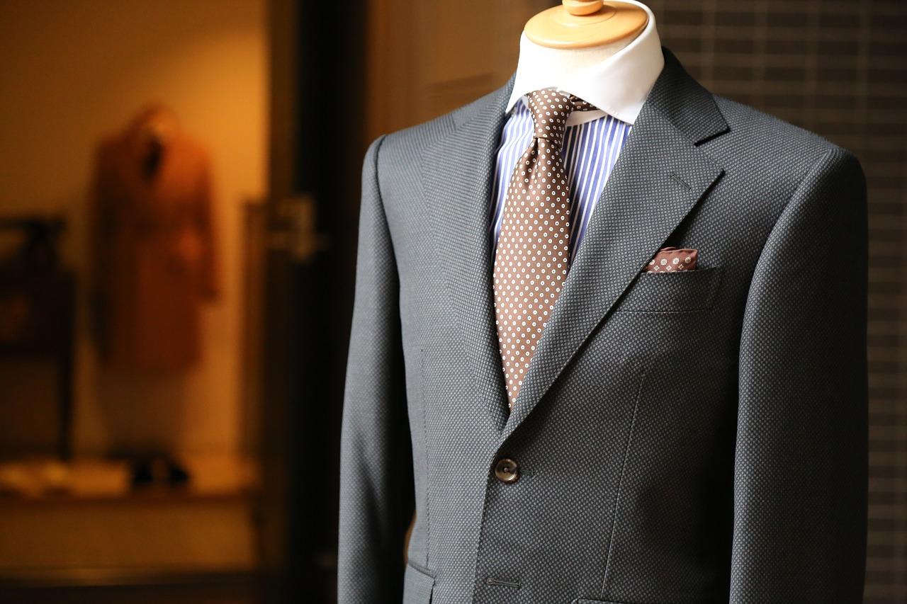 Szycie na miarę – czyli garnitur z górnej półki